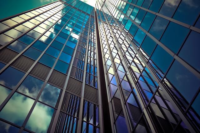 prosklené mrakodrapy.jpg