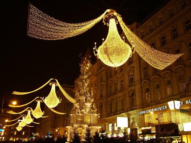výbojky na vánočních trzích